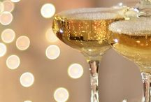 new year's eve party ideas / Kick off the new year with fun food and drinks! Planning the perfect New Year's Eve party!