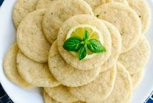 Homemade Cookie Recipes / Cookies recipes for anyone...perfect for cookie exchanges.