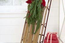 Vintage Sled Decor Ideas / Creative ways to use a vintage sled in your winter decor.