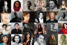 #alombradunlleó / A l'ombra d'un lleó és un projecte interdisciplinari i de col·laboració entre les facultats de Belles arts de la Universitat Politècnica de València i la de Ciències Socials de la Universitat de València, amb la col·laboració de la Unitat d'Igualtat de la Universitat de València, que intenta visibilitzar el paper de les dones com a subjecte actiu en la història de l'art i del pensament.