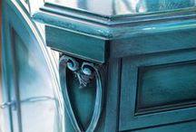 DIY Furniture / by Jen Hanson