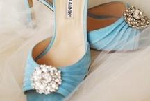 Wedding ideas for my sis :) / by Iida Kristiina
