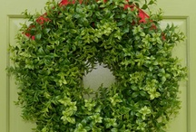 For the love of a front door / Wreaths and designs for the fancy front door finishings! / by Ashley Battles