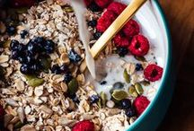 oats, cereal, granola / by Jess Neumann