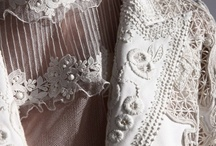 Fashion Valentino / by Jesu Reitze