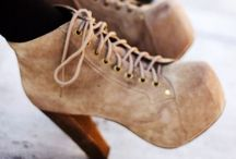 shoe fettish / by Steffie Kula