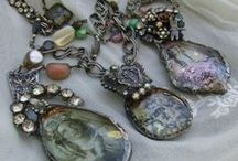 Artsy Jewelery