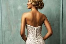 WEDDING / Inspiration for #wedding #gowns, decor, #arrangements and more / by REMAKING JUNE
