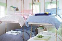 ❤️ /// Bett bauen / Selbst gebaut ist halb gewonnen - oder so... :) Bett bauen für Anfänger und Fortgeschrittene. Hier findest du hauptsächlich echte Anleitungen und ein paar Inspirationen für abgefahrene Betten Marke Eigenbau. ❤️ /// do-it-yorself bed | Craft | Handwerken / Bett bauen / Bett selber machen / DIY Bett / Bauanleitung Bett / Doppelbett bauen / Doppelbett selber machen /