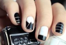 Nail Art / Nail Art is more than just fashion, it is truly art. This is a collection of designs that inspires us.