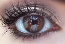 The Eyes have it / by Lorinda Hays