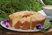 Cakes & Cupcakes / Cakes