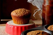 GRAB and GO BREAKFAST / Quick, healthy breakfast ideas such as oatmeal, granola & muffins
