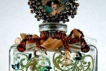 Antike Parfumflaschen / Wunderschöne, antike Parfumfläschchen in Kombination mit neuen Flakons.
