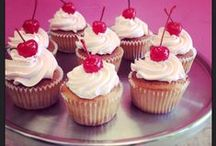 Cupcakes [made by us @ Yum Bunnies]