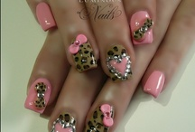 nails! / by Jackie Valentin