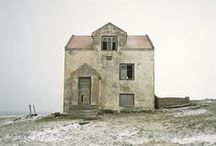 houses! barns! structures! / by Elsa Davern