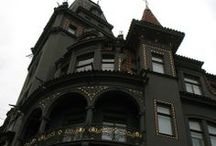 Creep House {home decor} / Strange and unusual homes and decor. Just how I like it! / by Jeanelle