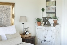 Master Bedrooms / by MamaJoy 2012
