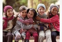 Vestindo Amor pelo Meu Filho / A nossa história de Amor pela Criança nasceu em 1964. Desde lá cresceu e se transformou em diversas histórias. Histórias de atenção, carinho e muito amor. Quer conhecer uma?   www.amorpelacrianca.com.br