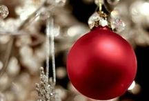 Winter: Holiday Decor / Winter and Christmas is by far the most wonderful time of the year! It's the season to sparkle!