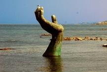 Estatuas y esculturas / Estatuas y esculturas originales y graciosas del mundo. Las obras de arte urbano más increíbles del mundo.  / by soyunalbondiga
