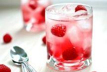 Drinks / by Chantal Barlow