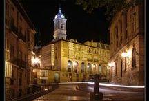 Vitoria-Gasteiz / Vitoria-Gasteiz. Mi ciudad de nacimiento y la bella capital de Euskadi. / by soyunalbondiga