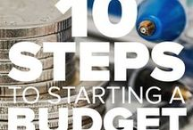 Business: Budgeting Tips / Learn budgeting and savings tips to start your New Year off right or to get back on track to a debt free life!