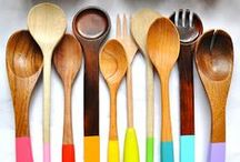 Home ~ cuisine (objets) / by Charlotte Pinson