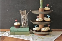 Cupcake Display and Stands / Displays, stands and more to show off those delicious cupcakes.