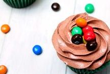 Candy Cupcakes / Why just have candy when you can have candy AND a cupcake?
