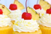 Unexpected Fruit Cupcakes / Any fruit from Melons, to Mangoes to Grapefruit can be delicious on, in or near a cupcake! Try these not so typical cupcake flavors!