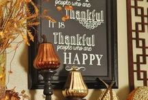 Beautiful Thanksgiving Decor / Thanksgiving is a time of thanks and a time of beauty. Let's merge the two and create a beautiful inspiration.