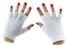 Winter Gloves / http://privateislandparty.com/seasonal/winter/winter-gloves/ Gloves are designed to be functional and made from everything from rubber to latex and leather or wool. One of the most common uses for gloves is to protect hands during cold weather. Cold weather gloves are a standard for winter attire.