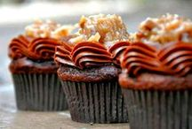 Recipes - Cupcakes / by Michelle Baker