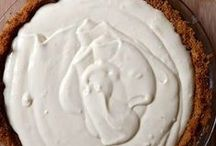 Baking & Desserts / by Ana Tavares