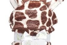 #PHLSHOP Kids Hooded Wrangle Blankets / Before bedtime, after bath or on-the-go, these Fleece Faux Faux Fur Hooded Animal Blankets wrap up the kids with extra warmth, comfort and cuteness!