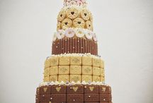 Alternative Wedding Cakes / Modern, unusual designs.  Something a little bit different.