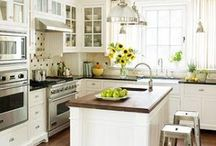 Dream Kitchen / by Jessica Chenault