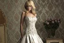 Allure Wedding Dresses / Shop www.henris.com Minerva 1.800.952.3560 Columbus 1.888.823.9880