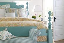 Bedrooms / by Jacki Altena
