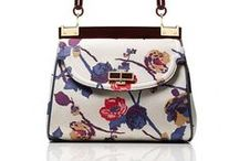 Purses / by Gizelle Rv