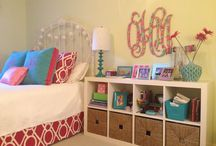 Pink and Green Forever / Ideas to makeover teen girl's bedroom / by Marilyn Hergenrader