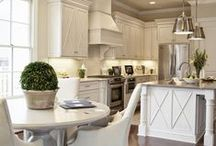 Kitchens to Love / by CasaBella Interiors