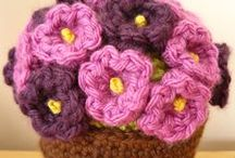 Crochet & Tricot / by Álvara Cordeiro