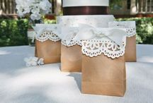 BRIDAL SHOWER IDEAS / by Liz Moore