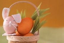 Easter Crafts + Eggs / Happy Mothering is happy to bring you some of the best pins on natural dye methods for Easter eggs and the cutest Easter decor!  More family-friendly content can be found at http://www.happy-mothering.com