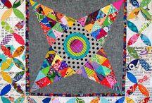 Medallion Quilts / Fun modern sampler quilt examples
