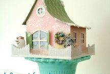 Collections {GlitterHouses} / Glitter-sprinkled buildings made of pasteboard.